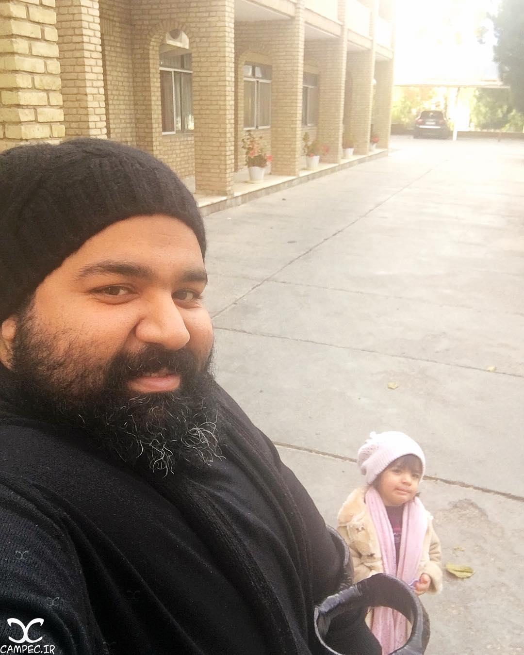 رضا صادقی با دخترش تیارا
