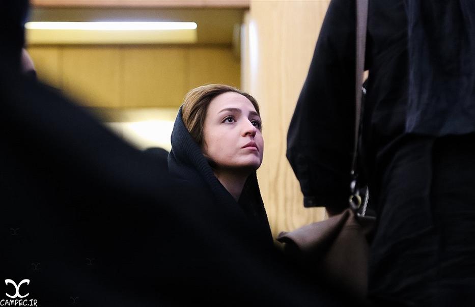 گلاره عباسی در مجلس ختم پدر لاله و ستاره اسکندری