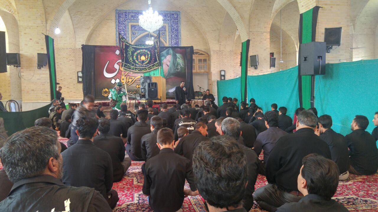 عزاداری هیئت روستای دولاب در صحن جوار آستان مقدس امامزاده سید کافی علیه السلام