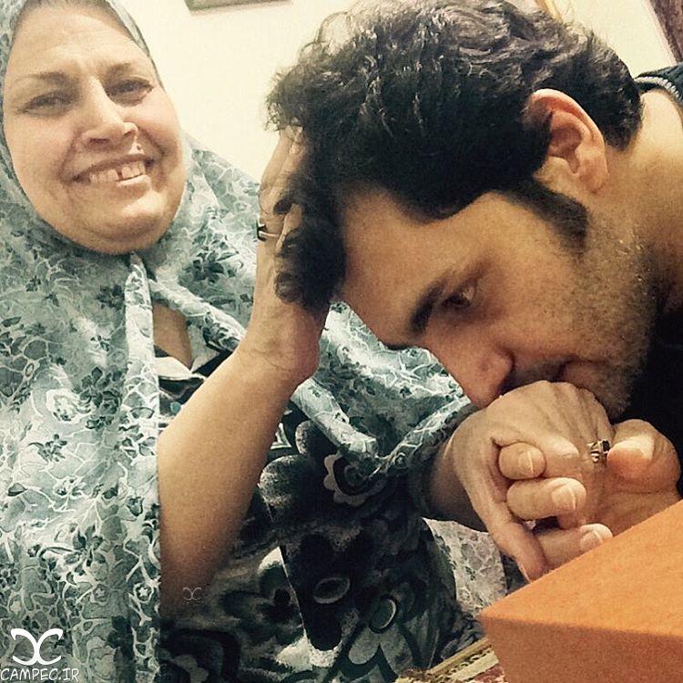امیر محمد زند با مادرش