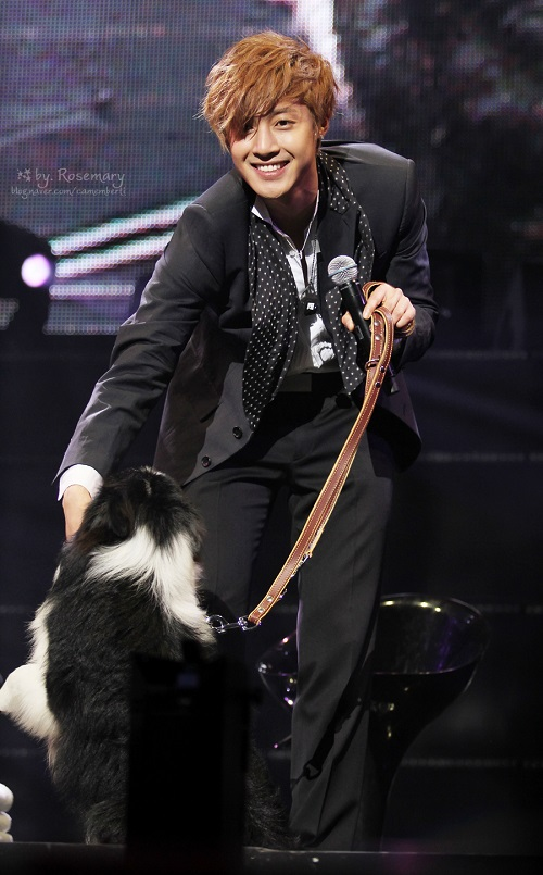 KHJ and his manager with dogs