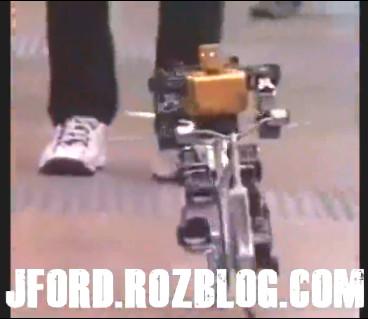 ربات دوچرخه سوار!