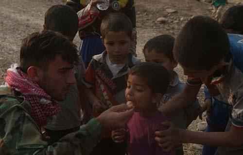 حرکت زیبای سربازان عراقی در موصل