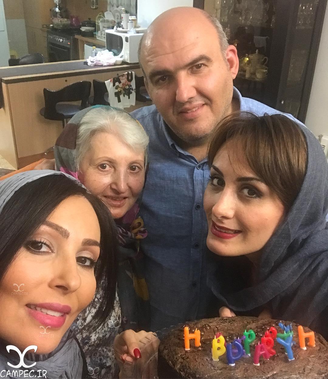پرستو صالحی با خانواده اش