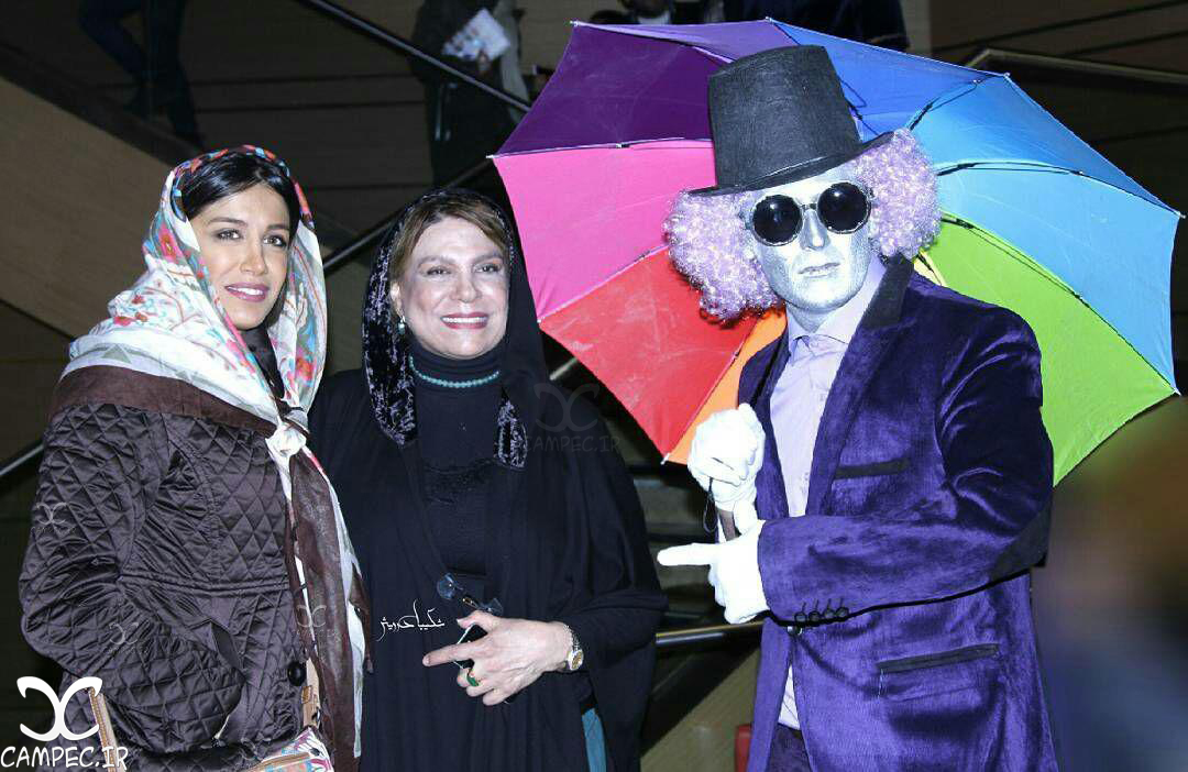 آزاده اسماعیل خانی با مادرش گوهر خیراندیش