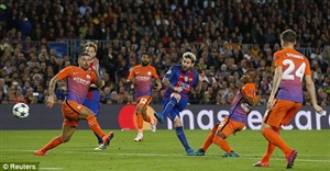 نتیجه بازی دیشب بارسلونا و منچسترسیتی 11 آبان 95 فیلم گلها و خلاصه