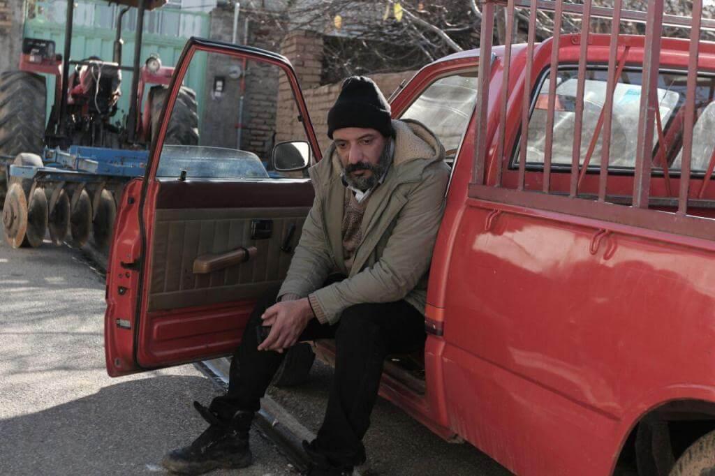 دانلود رایگان فیلم سینمایی ایرانی زاپاس با کیفیت عالی 720p