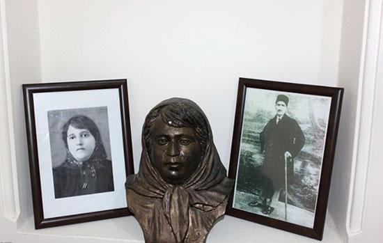 اختر چرخ ادب ایران