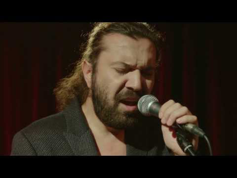 دانلود آهنگ ترکی جدید Halil Sezai بنام Yeniden Dogar Miyim
