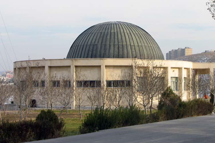 رصدخانه دانشگاه تبریز