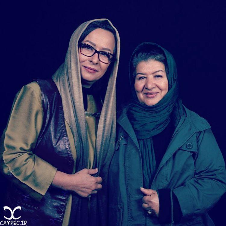 آزیتا حاجیان و پوران درخشنده در فیلم زیر سقف دودی