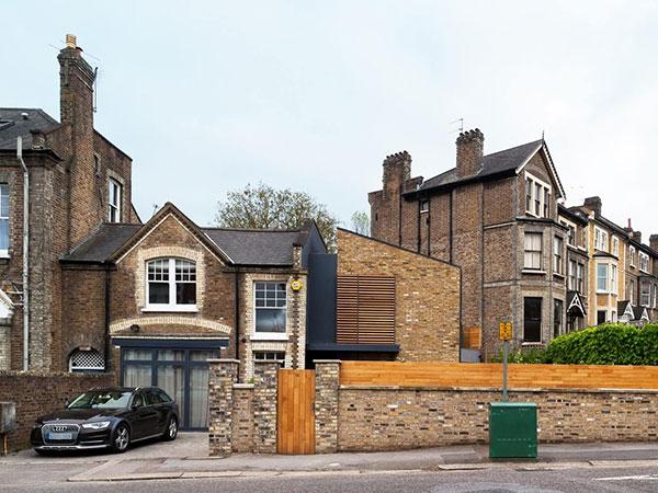 بازسازی خانه قدیمی با حفظ ظاهر و نمای خانه