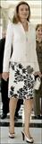 کت دامن شیک مجلسی کت دارای چین پلیسه و دامن سفید گلدار مشکی