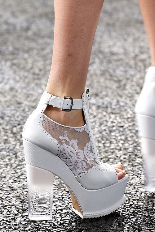 مدل کفش پاشنه بلند شیک عروس سری 5