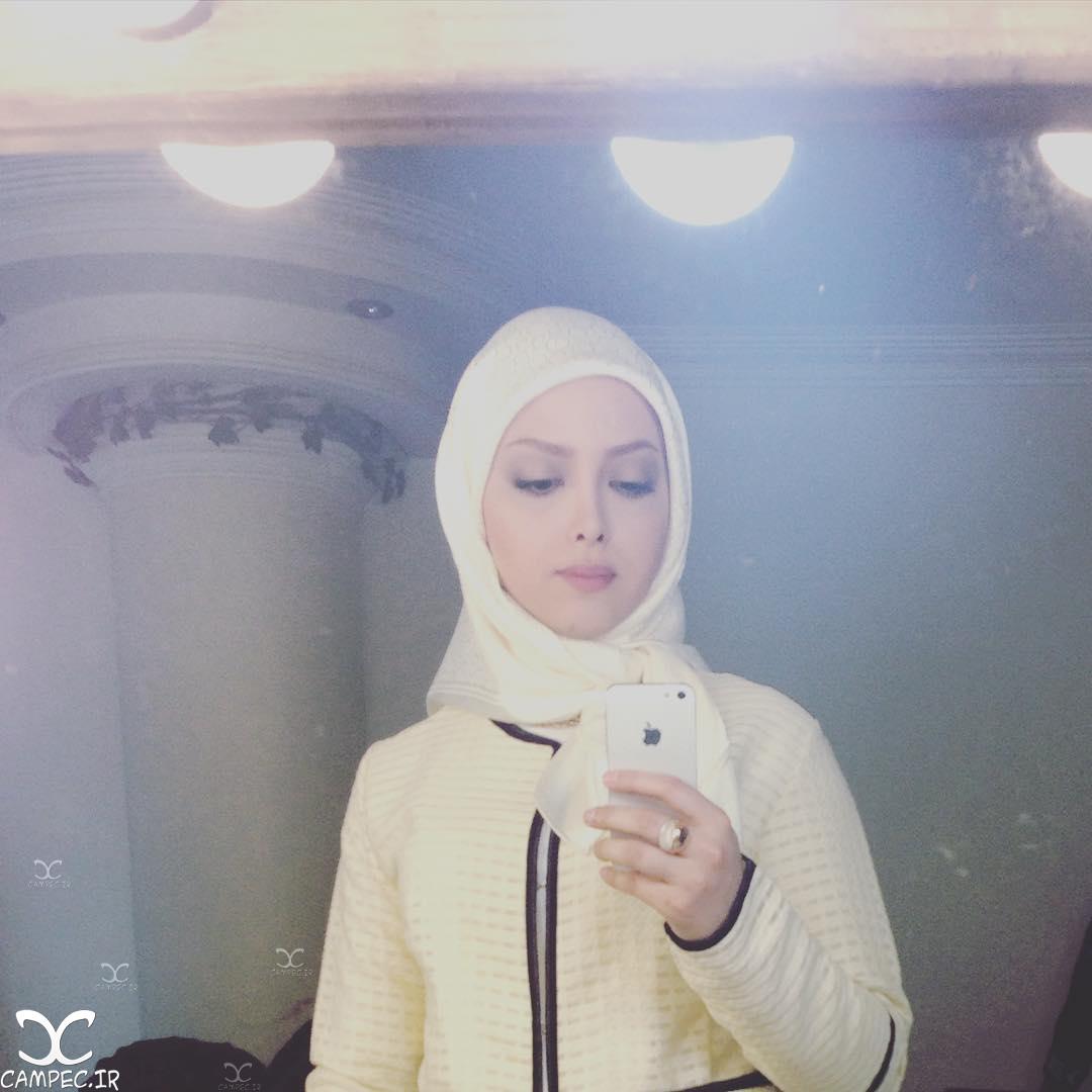 آزاده ثابتی بازیگر نقش الهه سریال هشت و نیم دقیقه