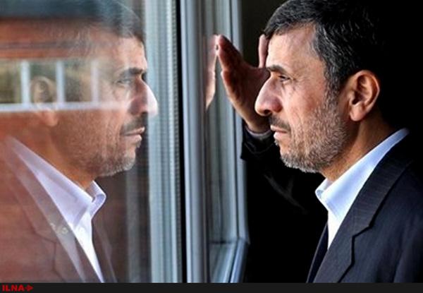چرا احمدینژاد مناسبتهای مذهبی را برای سفرهایش انتخاب میکند؟
