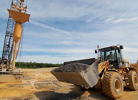 ابر ماشین ها به مهندسی خاک کمک زیادی میکنند