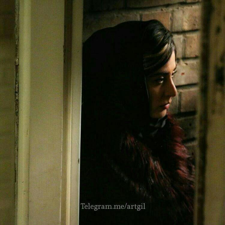 آناهیتا افشار در نمایی از ایستگاه اتمسفر اولین ساخته بلند مهدی جعفری