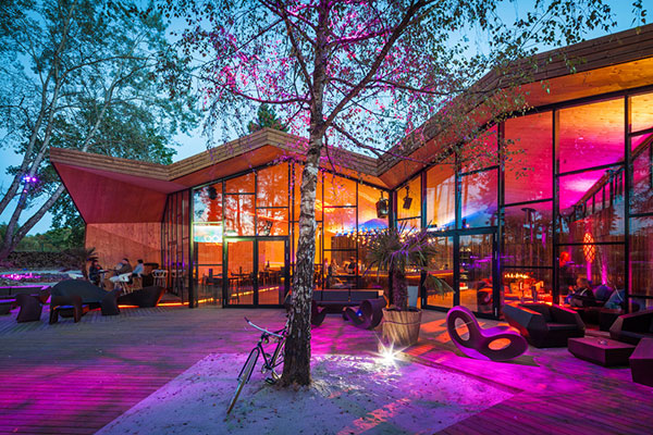 طراحی معماری رستورانی به صورت اوریگامی