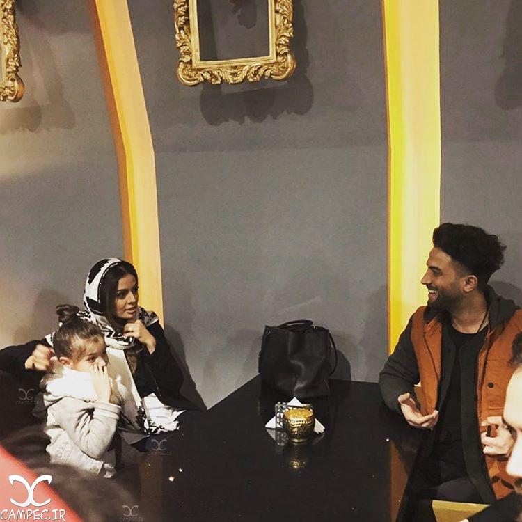 بنیامین بهادری با دختر و همسرش شایلی محمودی