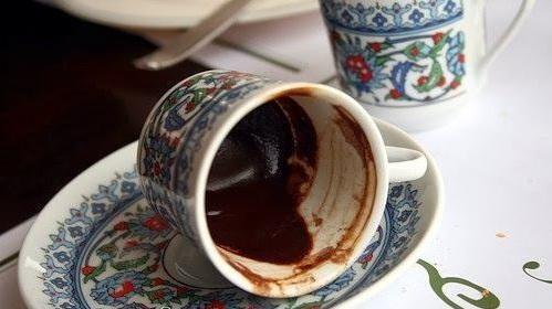 نتیجه تصویری برای بی خواب و قهوه