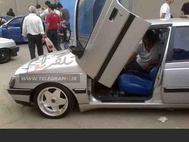 http://s8.picofile.com/file/8279403442/Peugeot7.jpg