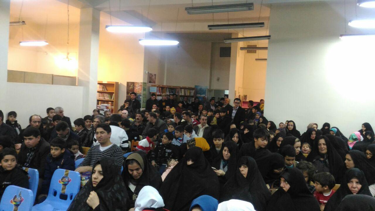 در حاشیه نشست کتابخوان دی ماه کتابخانه امام علی (ع) قاضی جهان و با برگزاری مراسمی از برگزیدگان کمپین کرسی و مسابقه عکس آدم برفی در قاضی جهان تجلیل شد.