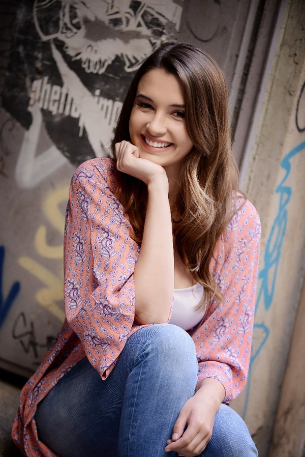 Leyla Lydia Tuğutlu (Derin) - لیلا لیدیا توگوتلو - عکس درین بازیگر سریال ترکی این شهر پشت سرت
