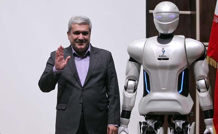 ربات انسان نمای سورنا