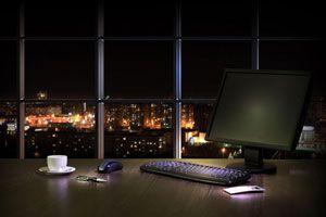 آیا شبها باید کامپیوتر را خاموش کرد؟