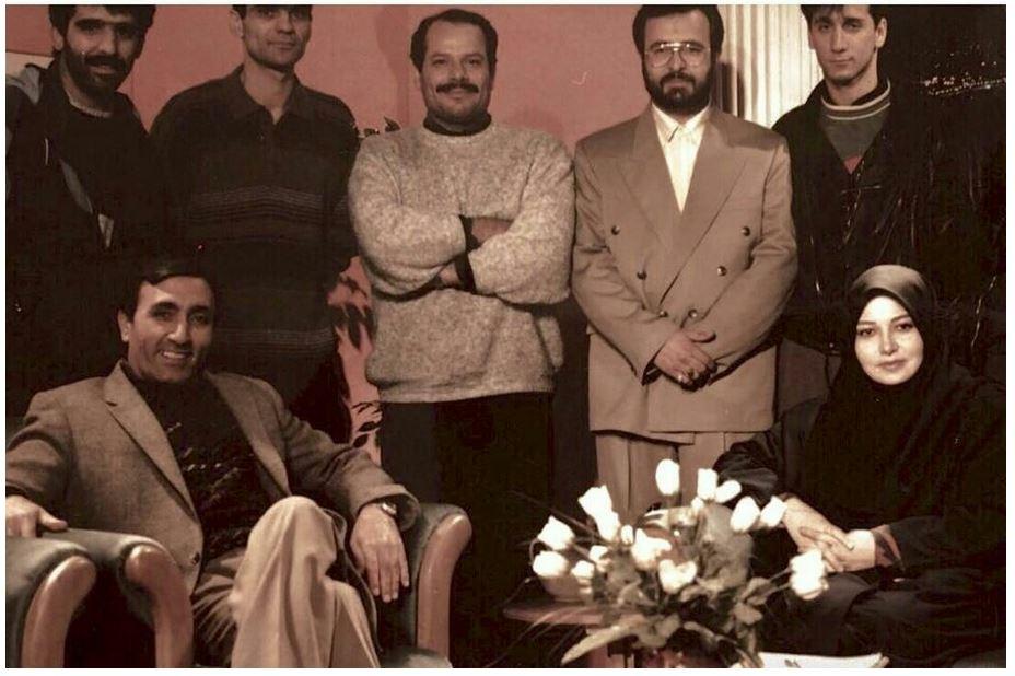 استودیو پخش شبکه تهران سال 1374  - نازنین فراهانی - سید کاظم احمدزاده و عوامل فنی و تولید