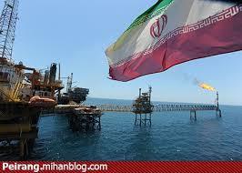 نفت کشور به جیب دشمنان می رود