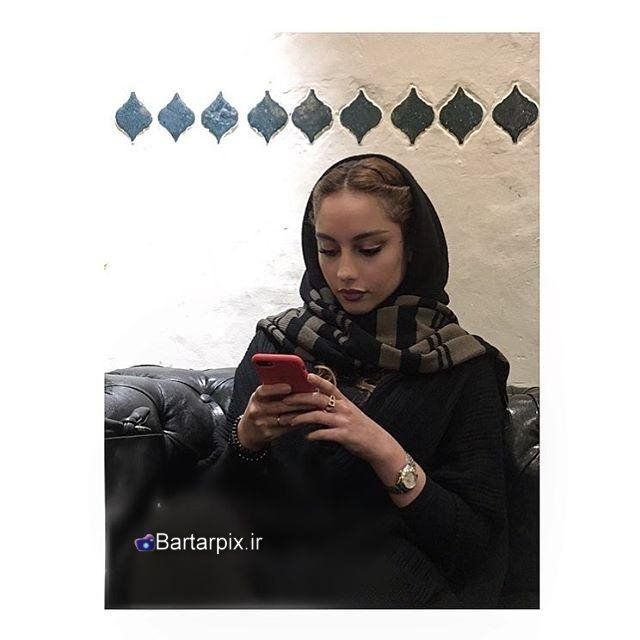 http://s8.picofile.com/file/8290737384/www_bartarpix_ir_taralan_parvaneh_96_1_.jpg