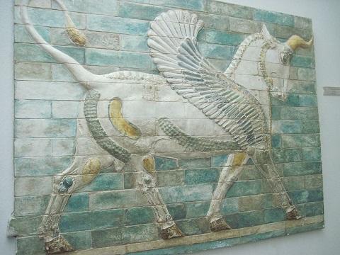 تصویر اسب بالدار دیوار کاخ شوش