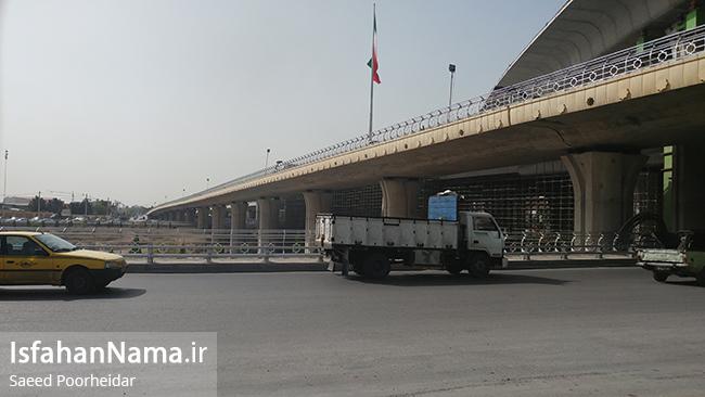 میدان استقلال اصفهان