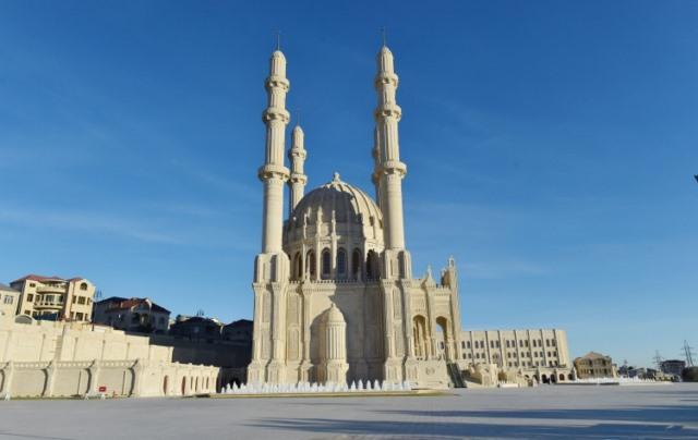 مسجد حیدر علی اف
