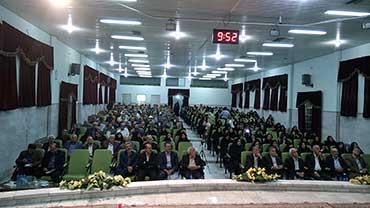 آیینه یزد - مردم استان یزد به اعتدال و اصلاح رأی دادند