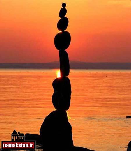 [عکس: Arrangement_of_stones_on_the_photos_3.jpg]