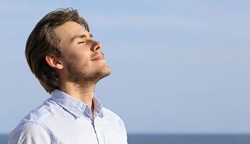 نفس عمیق باعث رفع خستگی میشود !