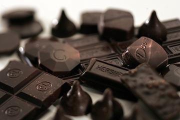 مصرف شکلات سیاه باعث رفع سریع خستگی می شود !