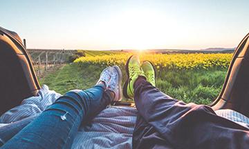 تفریح و وقت گذرانی با کسی که دوستش دارید موجب آرامش می شود