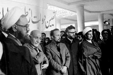آیینه یزد - انتقاد دوباره علی مطهری از صداوسیما مهندس بازرگان به «تز اسلام منهای روحانیت» معتقد نبود