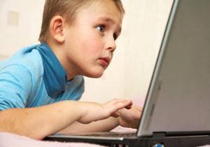تاثير بازي هاي کامپيوتري بر زندگي کودک