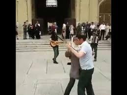 کلیپ رقص تانگو در میدان نقش جهان توسط گردشگران خارجی