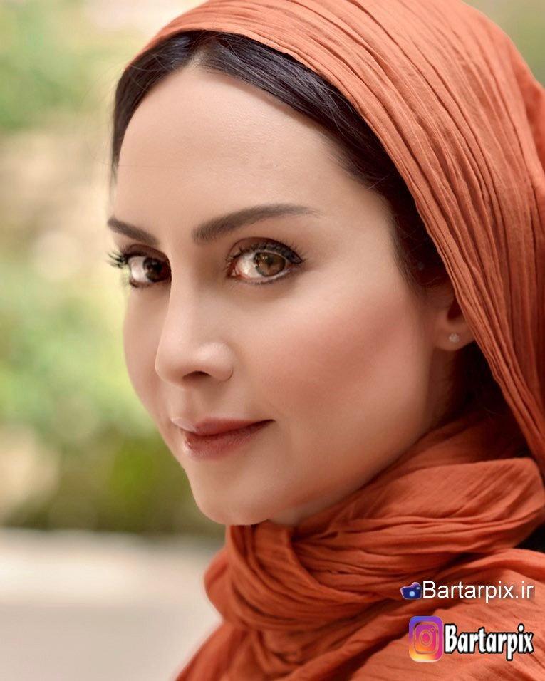 http://s8.picofile.com/file/8303983418/www_bartarpix_ir_maryam_khodarahmi_mordad_96_2_.jpg