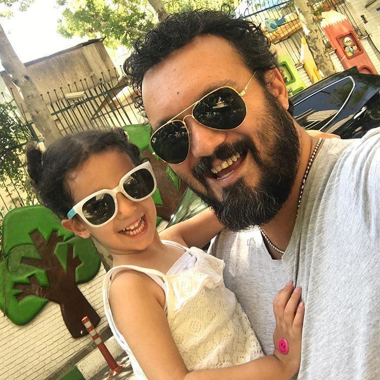 عکس جدید کامیبیز دیرباز با دخترش
