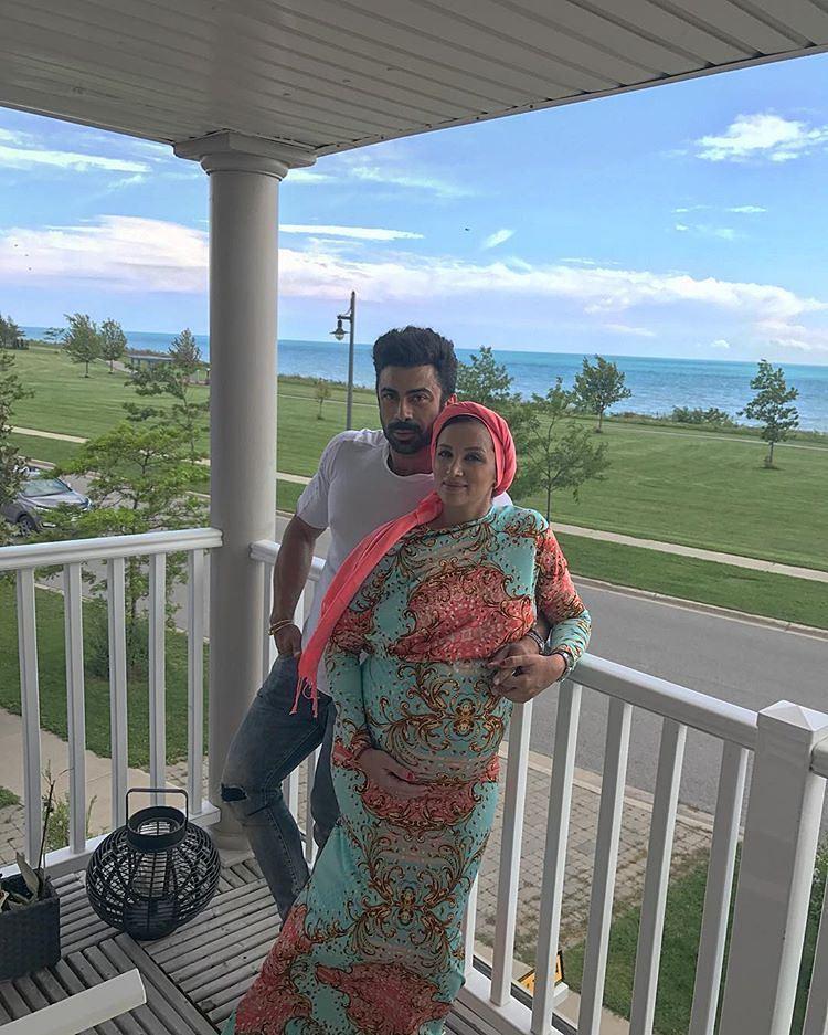 عکس بارداری روناک یونسی با همسرش در کانادا