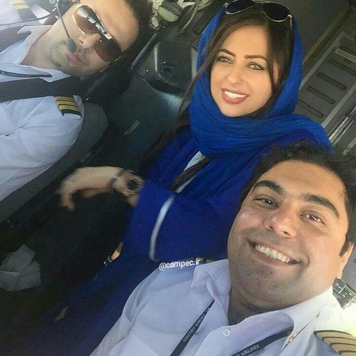 عکس نفیسه روشن با همسرش در هواپیما