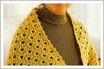 اشارپ ساده زرد رنگ مناسب برای خانم های میانسال