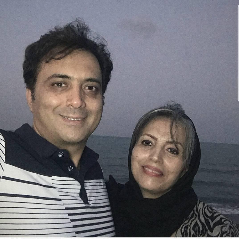 مجید اخشابی با خواهرش